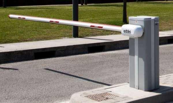 Barreras Automáticas para Parking y Garajes - barrera-automatica-parking-conmpas-1.jpg