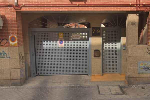Insonorización de Puertas de Garaje Automáticas - insonorizacion-puerta-automatica-garaje-conmpas-01.jpg