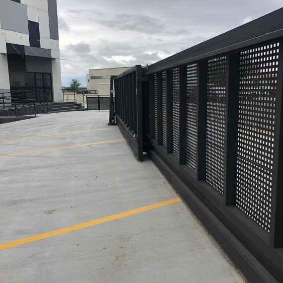 Instalación Puertas Automáticas - Puertas de Garaje - puertas-garaje-correderas-conmpas-570x570.jpg